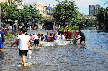 thai-flood-2011-02.jpg