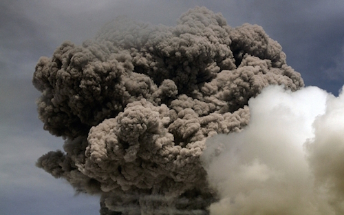 Cotopaxi-eruption.jpg