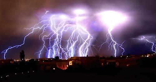 Lightning-storm-02.jpg