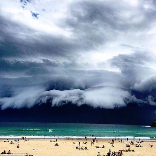 apocalyptic-cloud-sydney.jpg