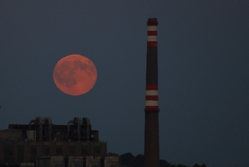 blue-moon-hungary.jpg