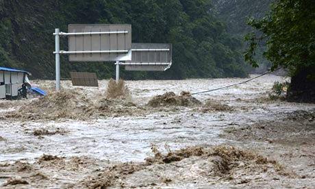 ch-tw-floods.jpg