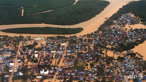 kota-bahru-floods.jpg