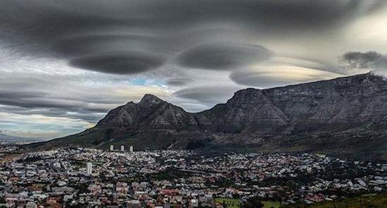 lenticular-clouds-02.jpg