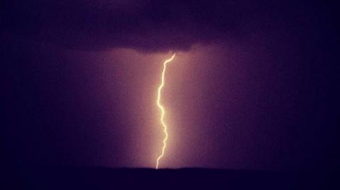 lightning-05.jpg