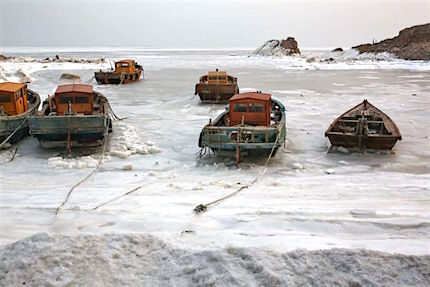 qinhuangdao-sea-ice2.jpg