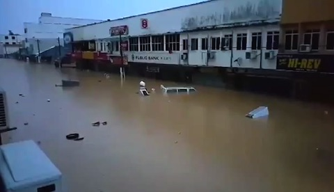 sa-flood-01.jpg