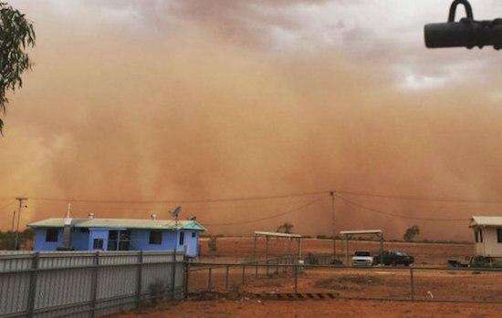 sandstorm-Queensland-Boulia-1.jpg