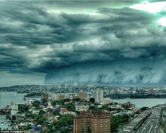 shelf-clouds-01.jpg