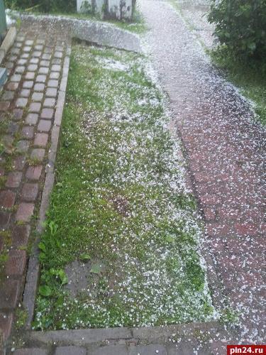 smonlesk-hail.jpg
