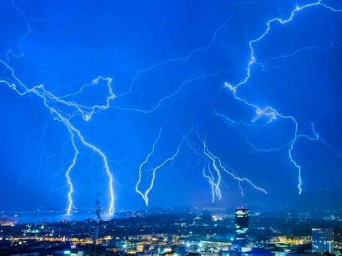 swi-storm-01.jpg