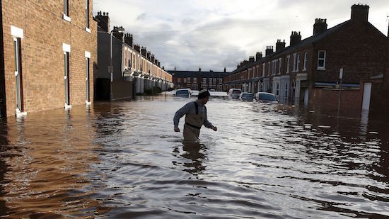 uk-storm-desmond-flooding-carlisle.jpg