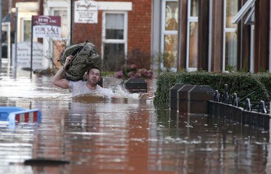 uk-storm-desmond-man-wading.jpg
